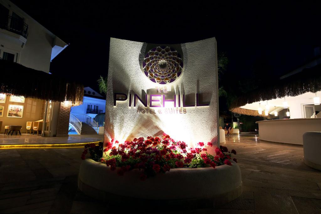 Pinehill-Hotel1