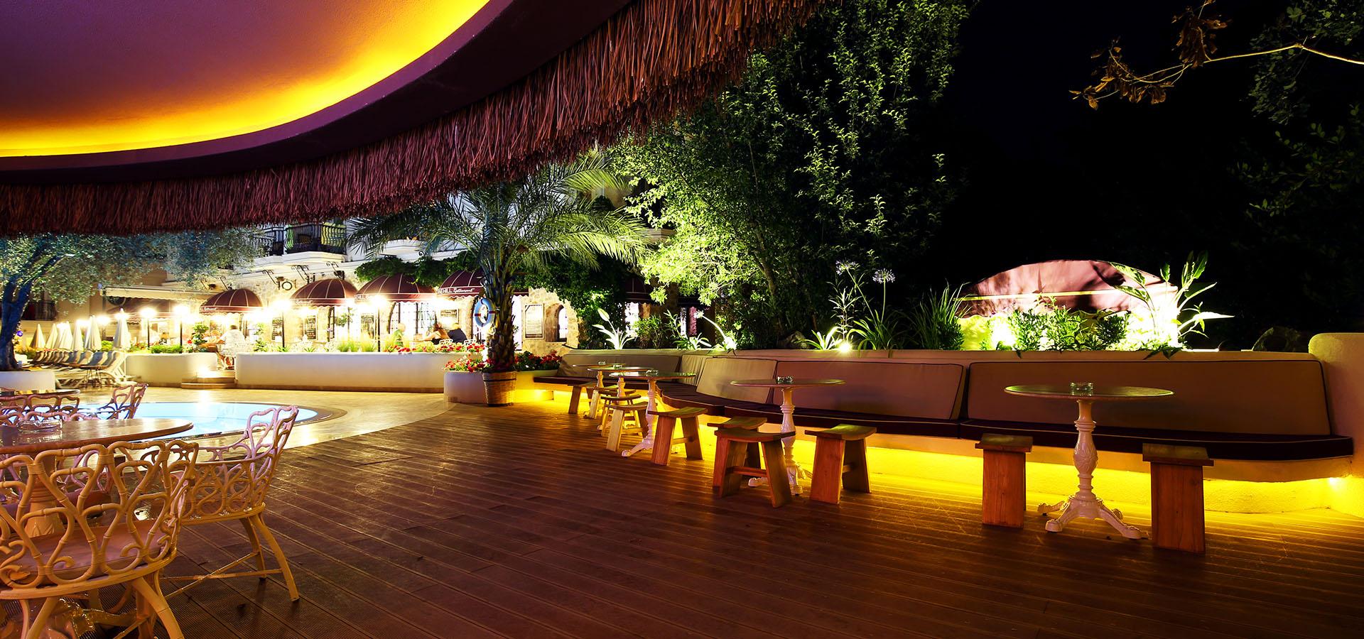 lounge slide 2