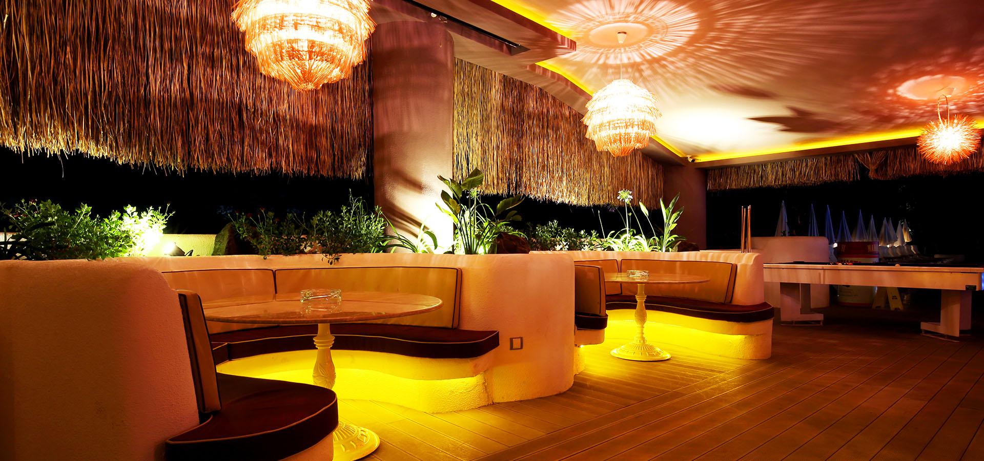 lounge slide 3